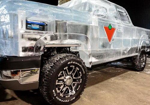 Полностью функциональный грузовик сделанный изо льда 4 dobrosos