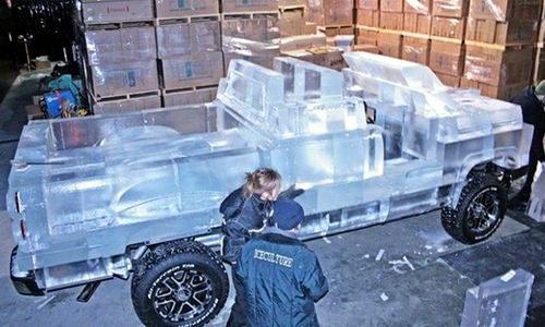 Полностью функциональный грузовик сделанный изо льда 7 dobrosos