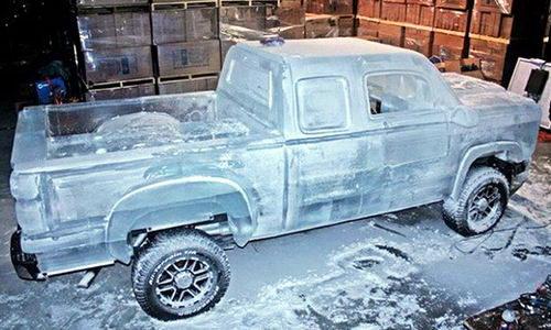 Полностью функциональный грузовик сделанный изо льда 8 dobrosos