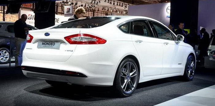 ford_mondeo_14