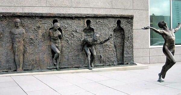 Интересные скульптуры 07