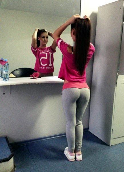 девушки попа фитнес 03