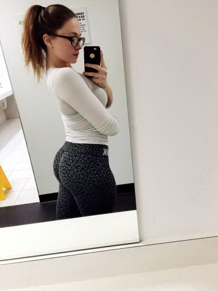 девушки попа фитнес 22