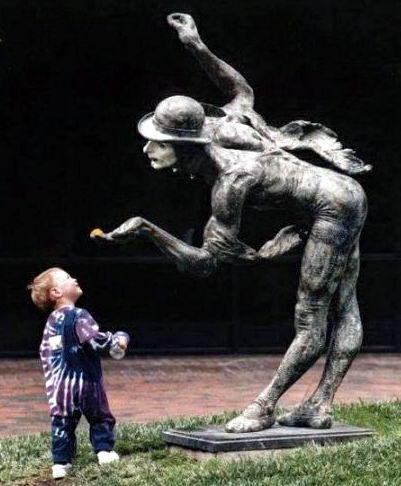 Дети и памятники 14