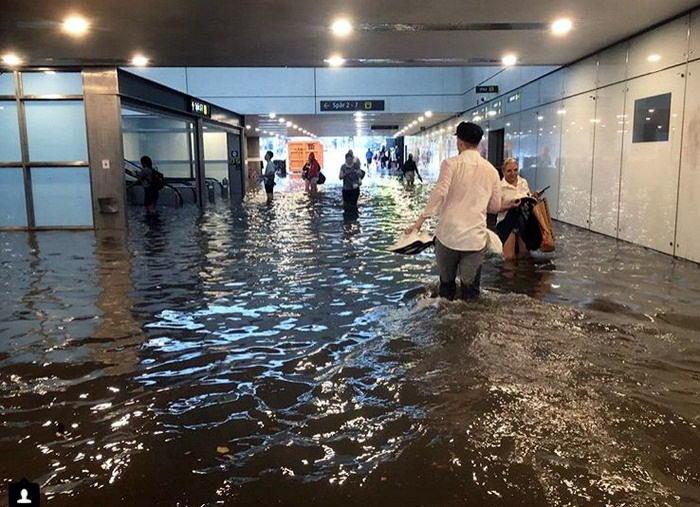 Затопленный вокзал в Швеции
