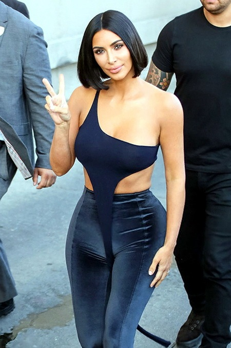 Ким Кардашьян похудела