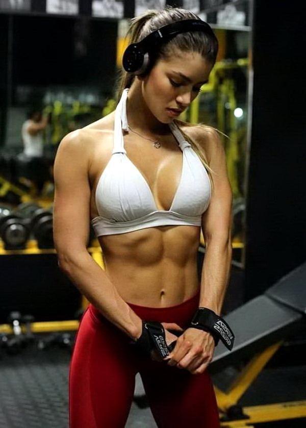 спортивные девушки, упругие тела