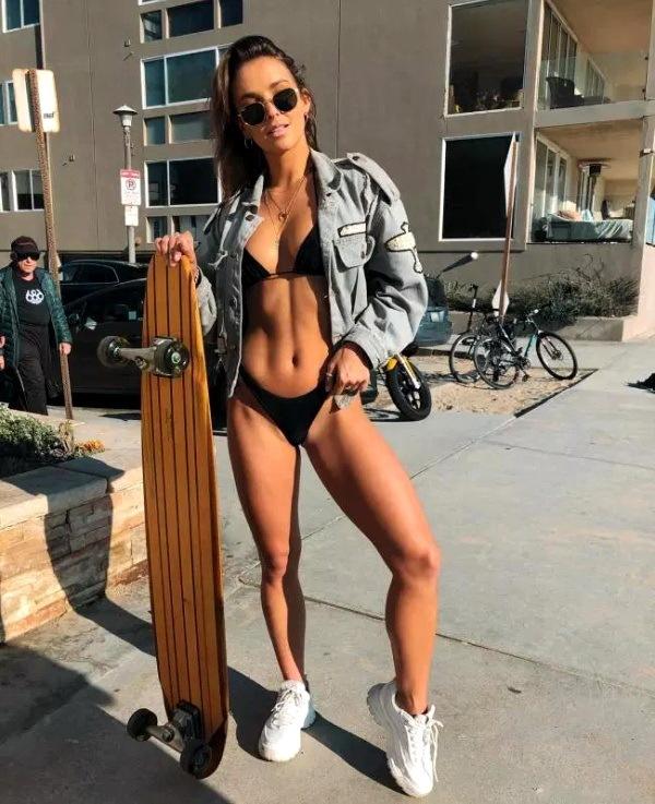 плоские животики спортивные девушки фото