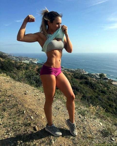 упругие девушки фото спортивных девушек