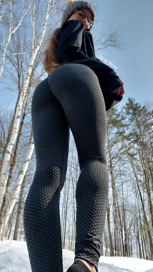 спортивные девушки в легинсах фото